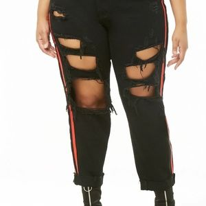 Forever 21 black/red distressed jeans, 1X, NWT